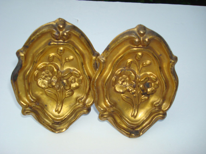 PAIR GILT BRASS DIAMOND SHAPE CURTAIN PINS, ANTIQUE 19TH C.