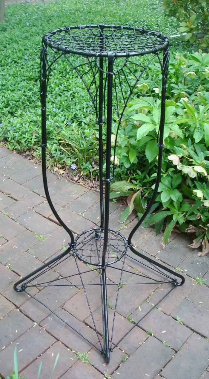 wire plant stand vertical design antique aileen minor. Black Bedroom Furniture Sets. Home Design Ideas