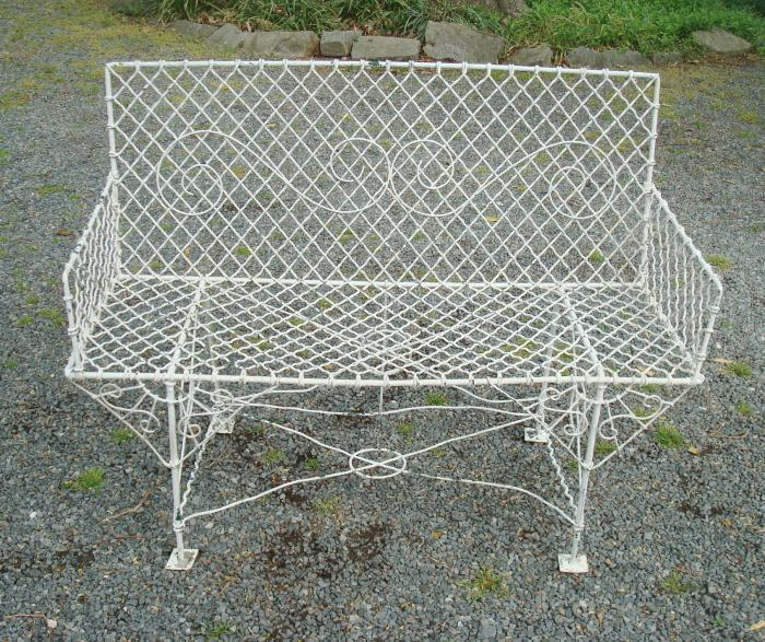 Excellent Wire Settee Or Garden Bench Antique Rectangular Aileen Pabps2019 Chair Design Images Pabps2019Com