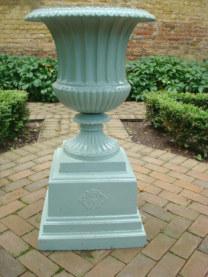 LARGE CAST IRON URN, CAMPANA FORM, ANTIQUE | Aileen Minor Antiques