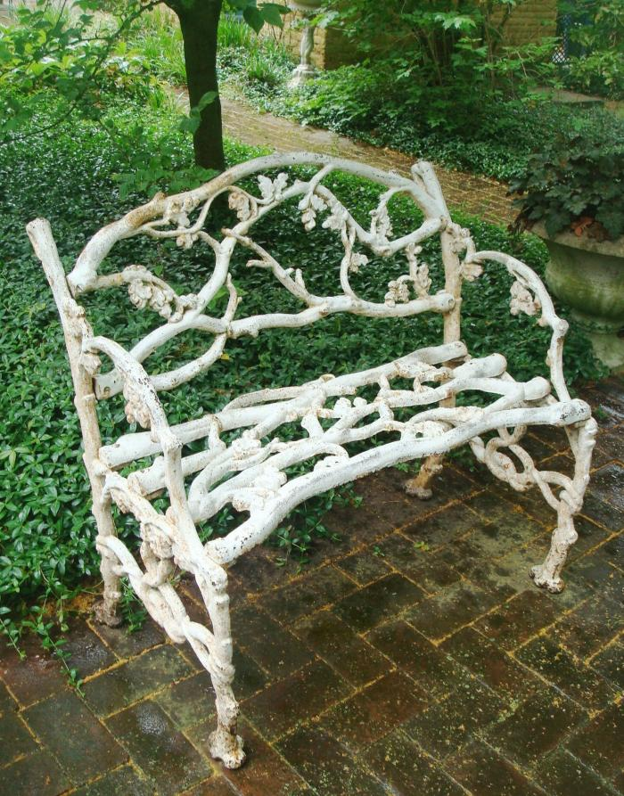 RUSTIC PATTERN CAST IRON BENCH, ANTIQUE 19TH CENTURY