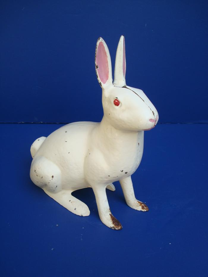 RABBIT, CAST IRON