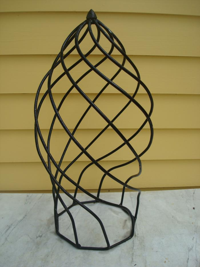 Topiary Finial, WROUGHT IRON SWIRLED DESIGN, VINTAGE