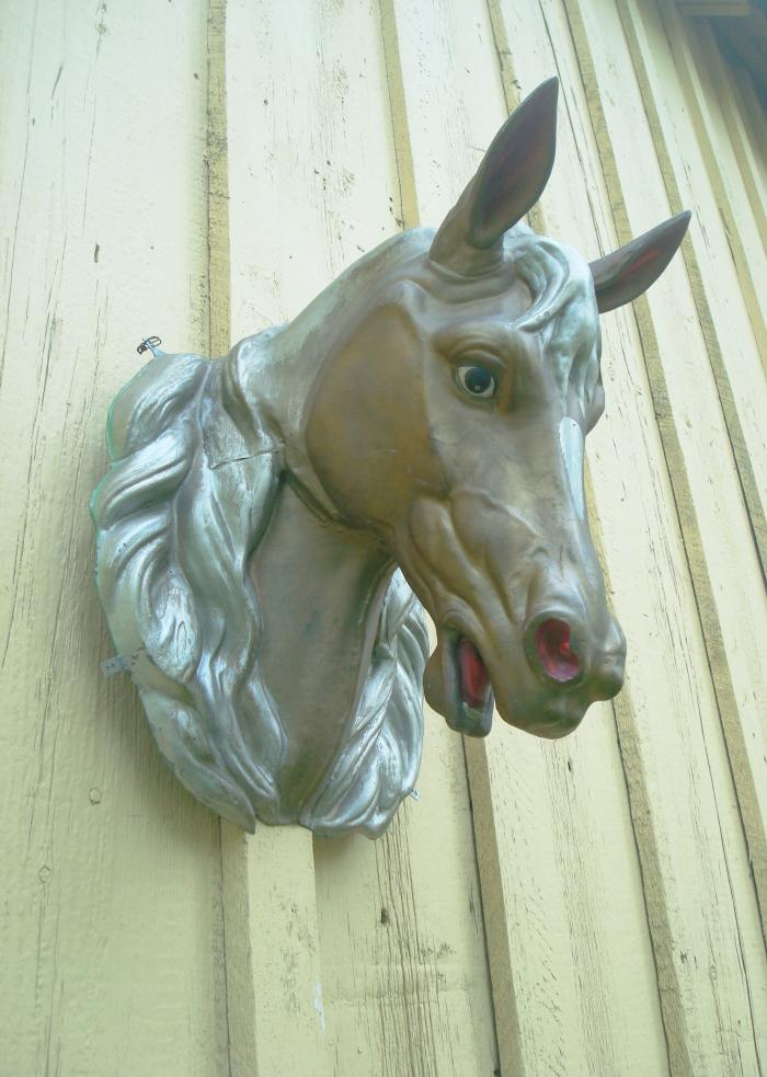 HORSE HEAD, PAINTED ZINC