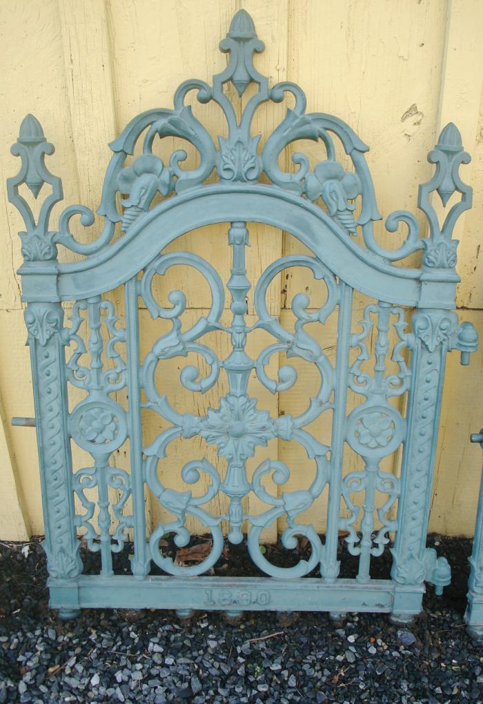 CAST IRON GATE DATED 1890 JOHN MCLEAN IRON NEW YORK