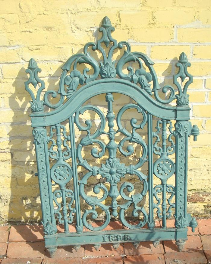 CAST IRON GATE DATED 1898 JOHN MCLEAN NEW YORK