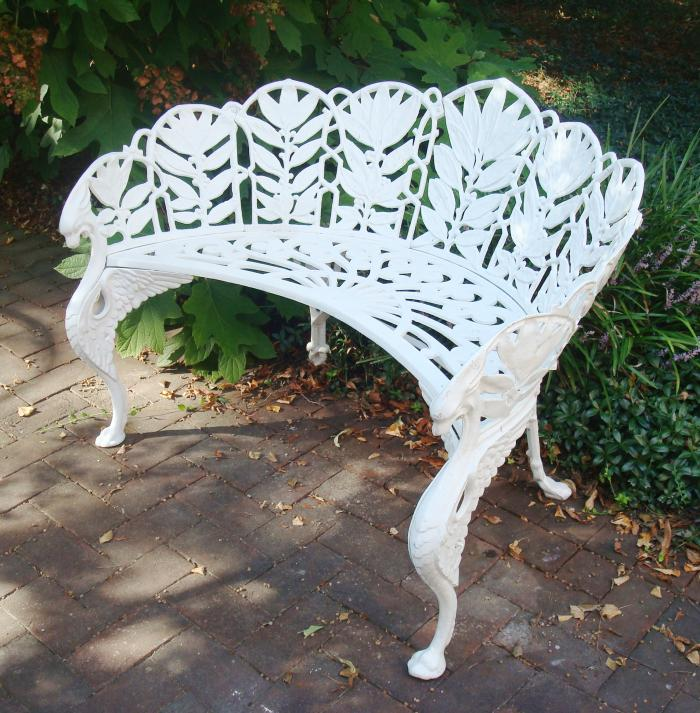 BENCH LAUREL PATTERN, CAST IRON