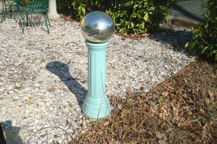 GAZING BALL, SILVERED GLASS BALL