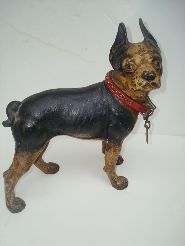 DOORSTOP, BOSTON TERRIER WITH LEATHER COLLAR