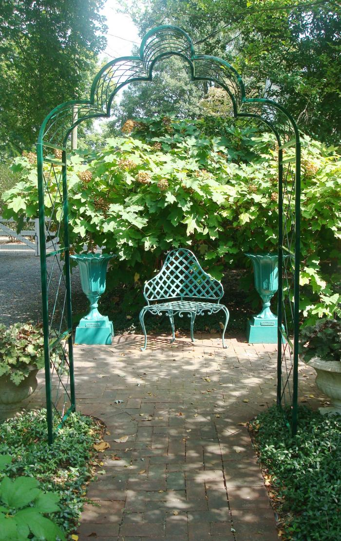 Trellis Garden Antiques Amp Decorative Arts Aileen Minor