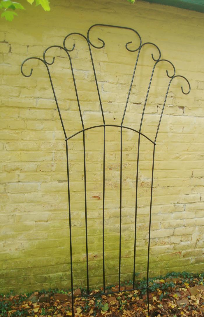 TRELLIS, WROUGHT IRON, CIRCLE DESIGN, VINTAGE