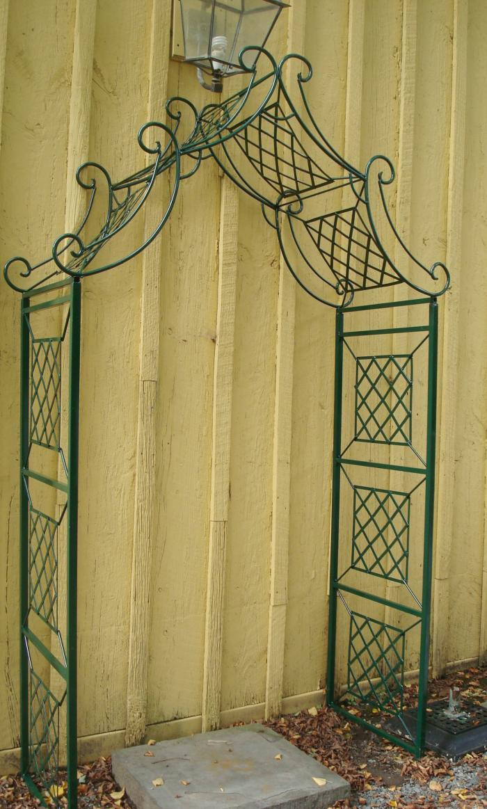 TRELLIS ARCHED WROUGHT IRON,VINTAGE