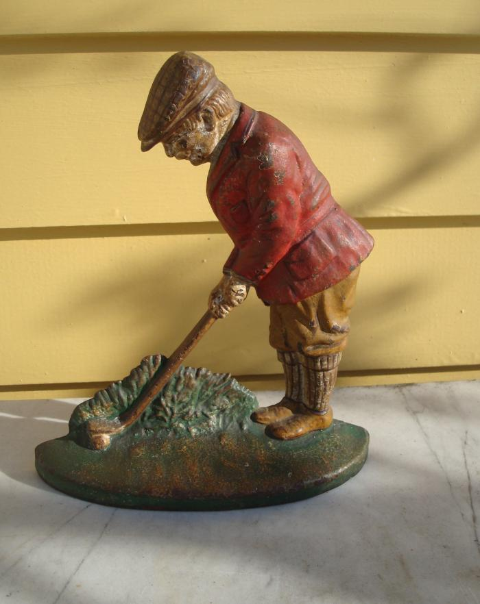 GOLFER  DOORSTOP, ANTIQUE CAST IRON. C. 1920