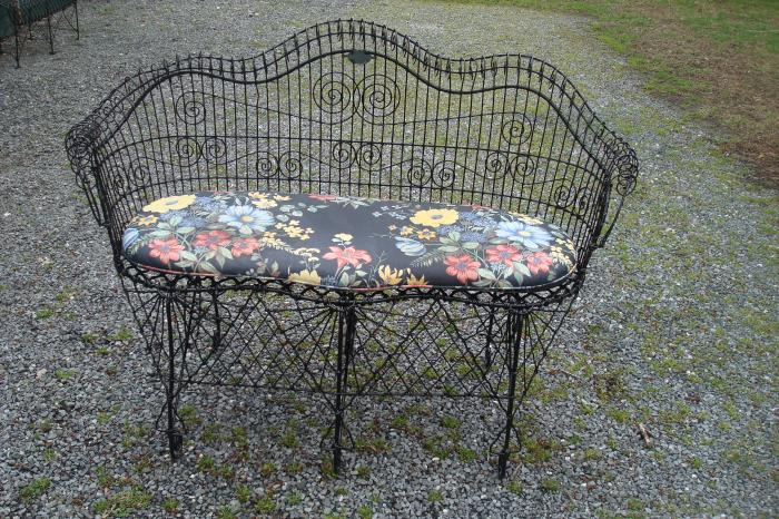 WIRE BENCH, 19TH CENTURY VICTORIAN WITH CUSHION