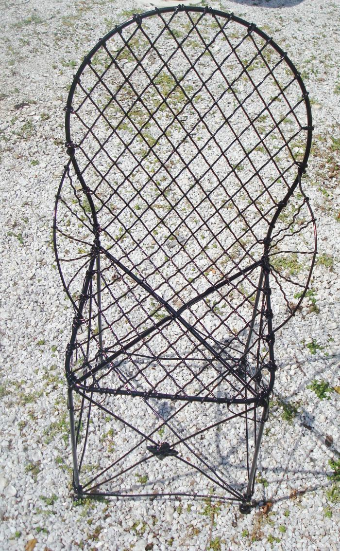 WIRE GARDEN CHAIR, ANTIQUE, SINGLE