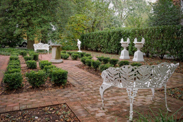 About Us Garden Antiques Decorative Arts Aileen Minor